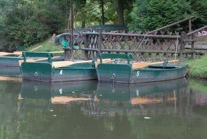 7 barques et 5 canoës sont à votre disposition, pour une balade durant les beaux jours.